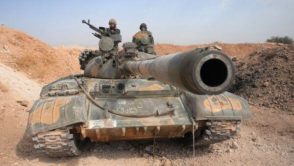 Czołg Т-72 w Syrii - Sputnik Polska