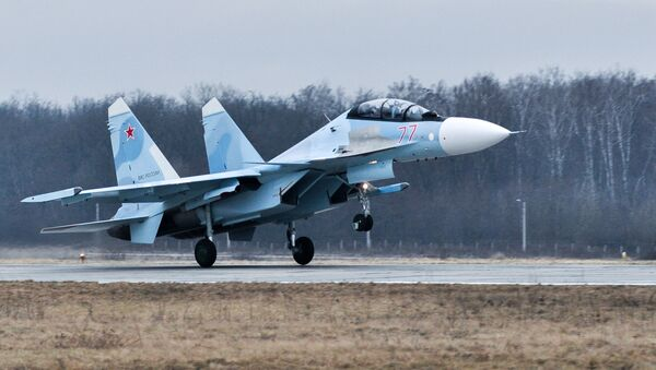 Wielozadaniowy myśliwiec Su-30SM na poligonie Pogonowo w obwodzie woroneskim - Sputnik Polska