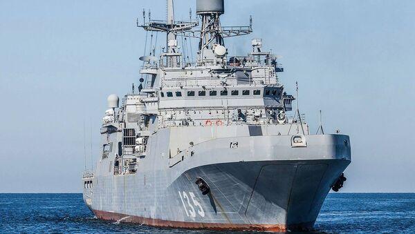 Duży okręt desantowy Iwan Gren - Sputnik Polska