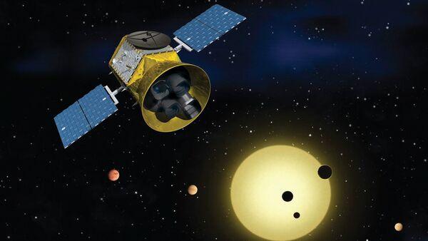 Teleskop TESS, który potrafi wykrywać tysiące egzoplanet - Sputnik Polska