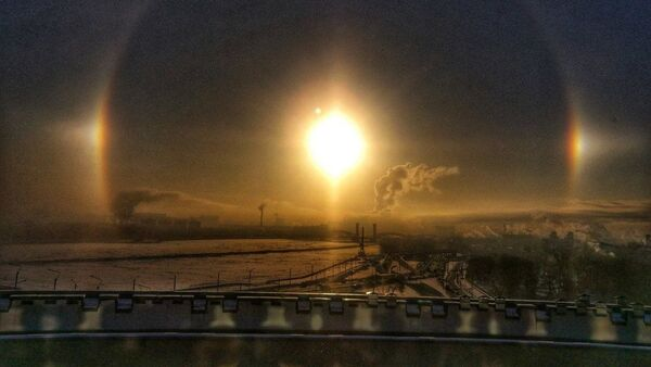 Halo nad Petersburgiem o świcie - Sputnik Polska