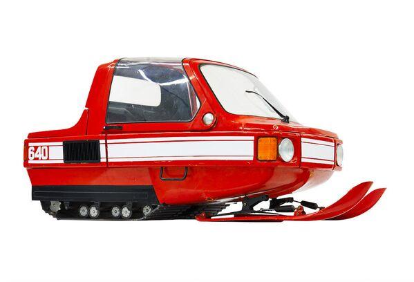 Skuter śnieżny 1980-E miał być pierwszym komfortowym zimowym środkiem transportu dzięki kabinie. Projekt jednak został zawieszony na etapie prac konstruktorskich. - Sputnik Polska