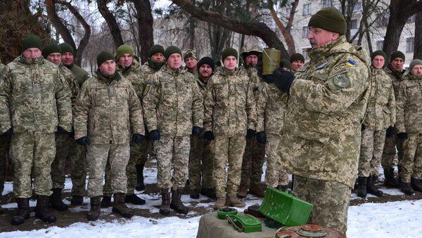 Żołnierze Sił Zbrojnych Ukrainy - Sputnik Polska