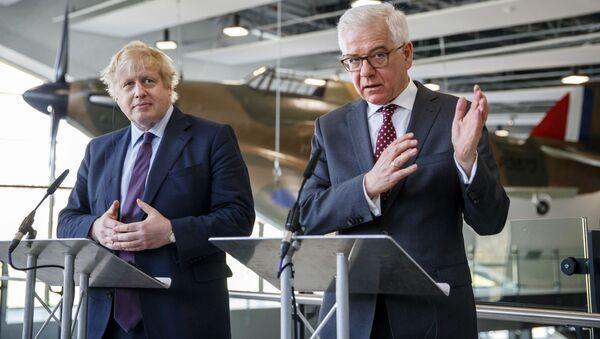 Minister spraw zagranicznych Wielkiej Brytanii Boris Johnson i polski szef dyplomacji Jacek Czaputowicz - Sputnik Polska
