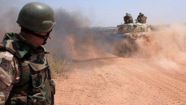 Syryjskie wojska w okolicach północnej części miasta Aleppo - Sputnik Polska