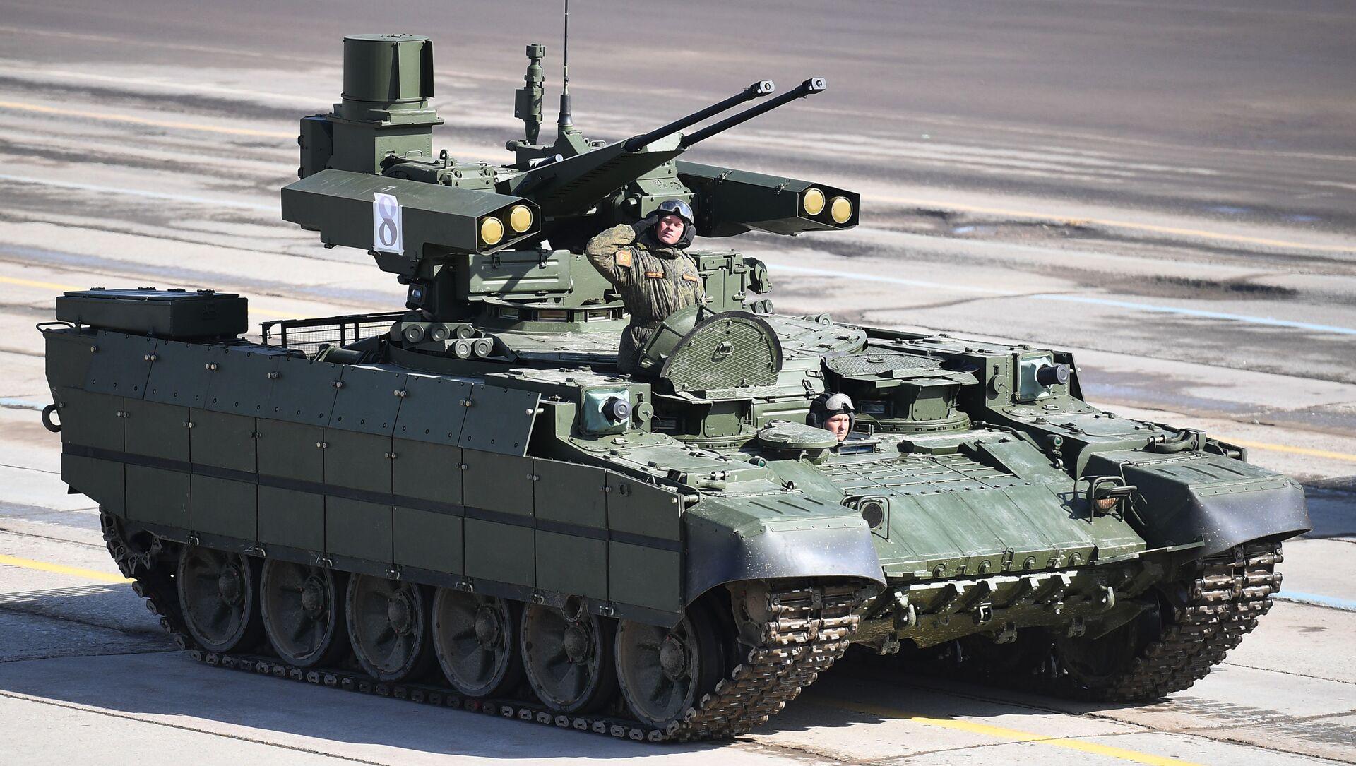 """Wóz bojowy wsparcia czołgów """"Terminator"""" podczas próby przed Paradą Zwycięstwa na poligonie wojskowym """"Alabino"""" w obwodzie moskiewskim - Sputnik Polska, 1920, 05.03.2021"""