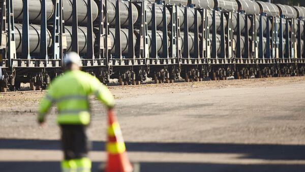 Dostawa pierwszych rur dla gazociągu Nord Stream 2 do Kotki, Finlandia - Sputnik Polska
