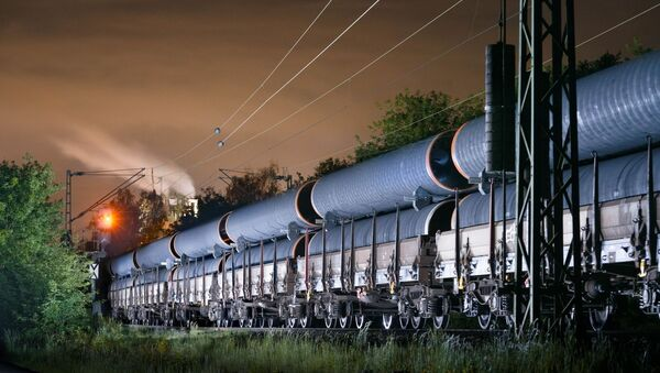 Przewóz rur dla Nord Stream-2 do portu Mukran w Niemczech - Sputnik Polska
