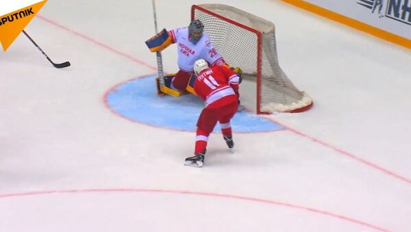 Putin gra w hokeja - Sputnik Polska