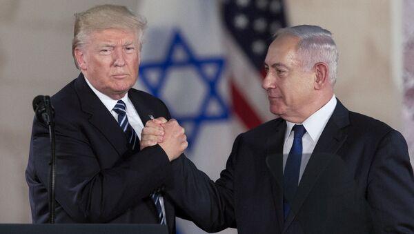 Prezydent USA Donald Trump i premier Izraela Binjamin Netanjahu na spotkaniu w Jerozolimie - Sputnik Polska
