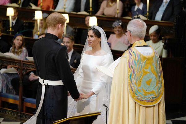 Książę Harry i Meghan Markle podczas ceremonii ślubnej - Sputnik Polska