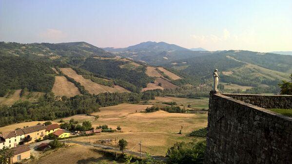 Castello di Serravalle w regionie Emilia-Romania, Włochy - Sputnik Polska