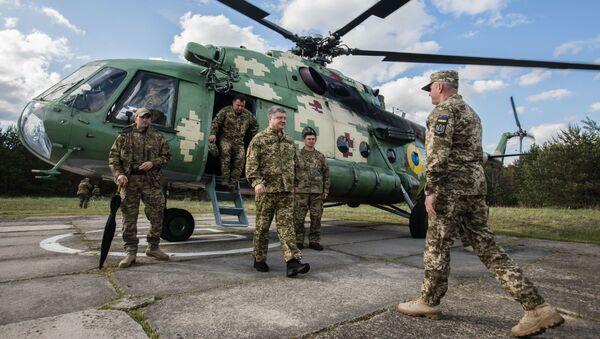 Testy amerykańskich Javelinów, prezydent Ukrainy Petro Poroszenko - Sputnik Polska