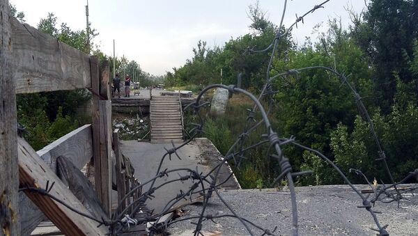 Linia podziału w Donbasie - Sputnik Polska
