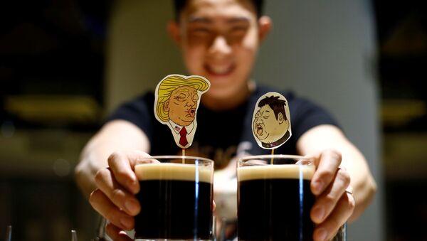 Specjalne koktajle z okazji spotkania Trumpa i Kim Dzong Una - Sputnik Polska