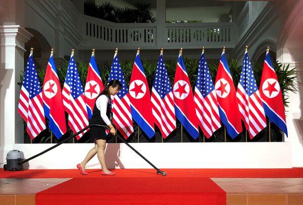 Sprzątanie przed rozpoczęciem szczytu KRLD i USA - Sputnik Polska