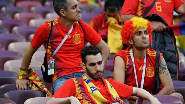 Fani reprezentacji Hiszpanii po zakończeniu meczu 1/8 finału Mistrzostw Świata w Piłce Nożnej pomiędzy reprezentacjami Hiszpanii i Rosji - Sputnik Polska