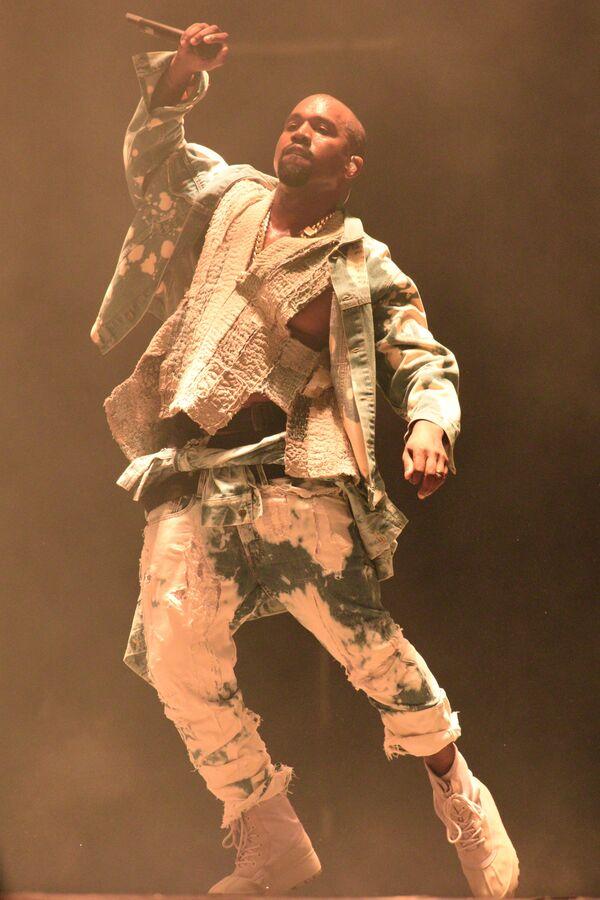 Piosenkarz Kanye West na festiwalu muzycznym w Wielkiej Brytanii - Sputnik Polska