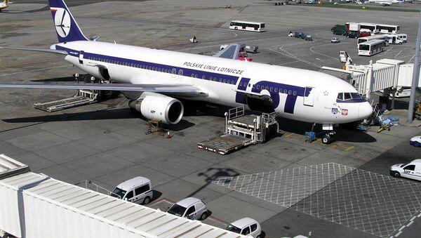 Samolot Boeing 767 PLL LOT - Sputnik Polska