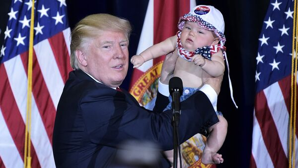 Donald Trump i dziecko - Sputnik Polska