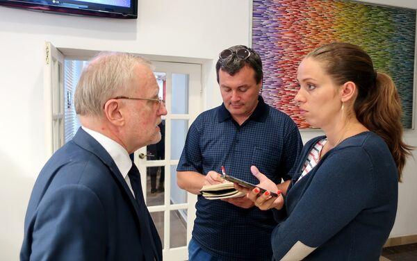Radca handlowy przy Ambasadzie Federacji Rosyjskiej w Polsce Aleksander Jerszow udziela wywiadu - Sputnik Polska