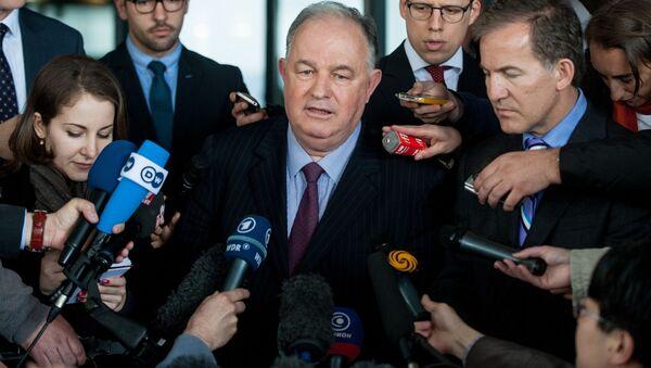 Szef Specjalnej Misji Monitoringowej Ertuğrul Apakan podczas wywiadu w Doniecku - Sputnik Polska