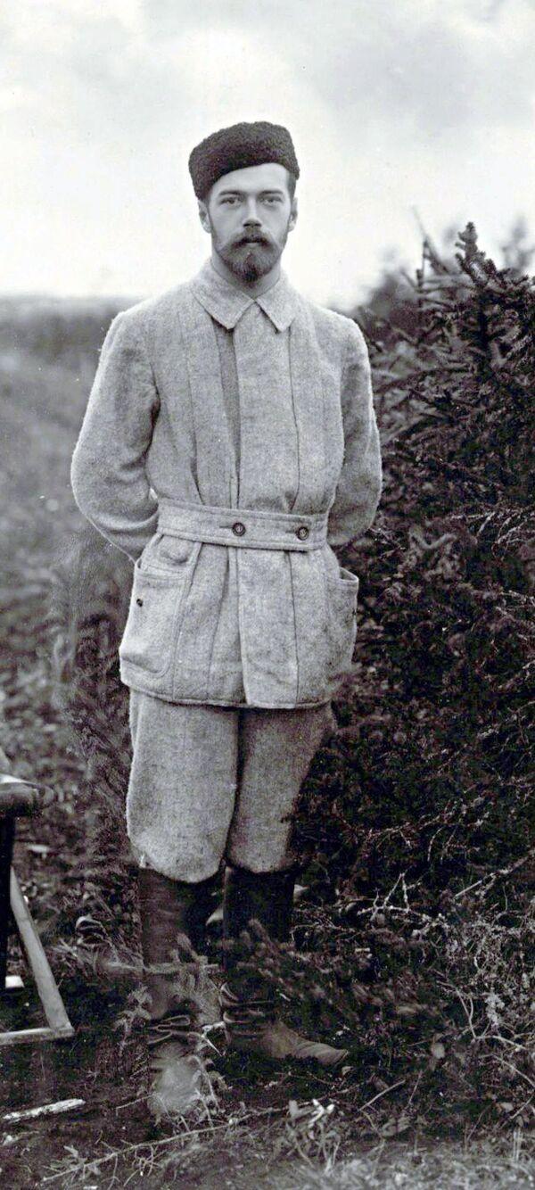 Mikołaj II na polowaniu, druga połowa lat 90. XIX wieku - Sputnik Polska
