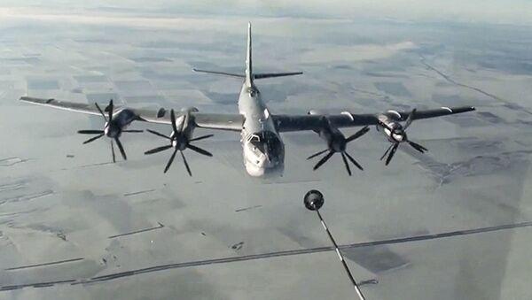 Atak z użyciem pocisków manewrujących na cele terrorystów w Syrii - Sputnik Polska