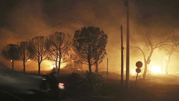Pożar na wschodzie Aten - Sputnik Polska