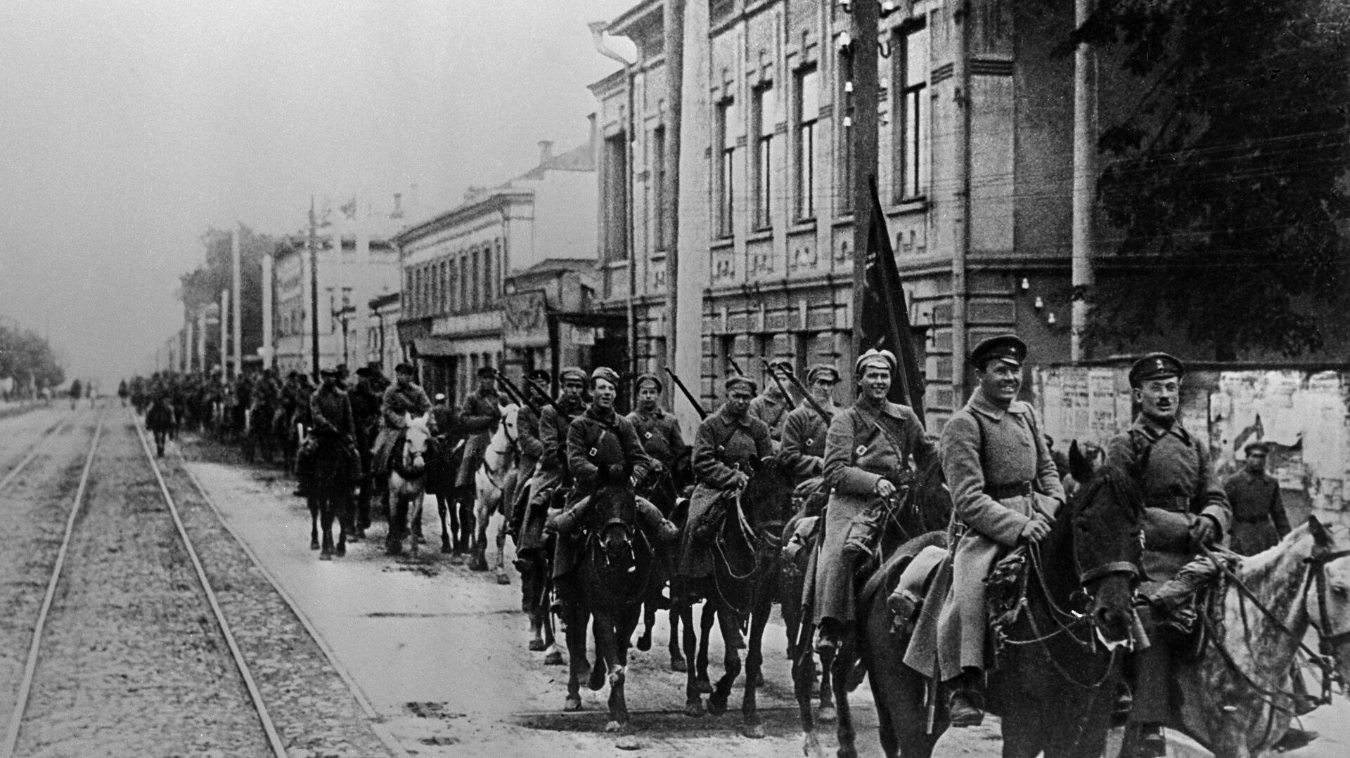 Armia Czerwona w Kazaniu, 1918 r. - Sputnik Polska, 1920, 23.06.2021