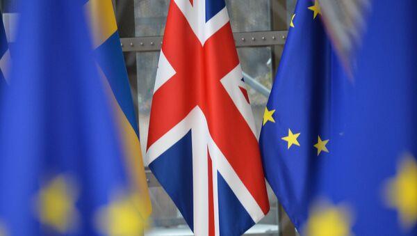 Flaga Wielkiej Brytanii na szczycie UE w Brukseli - Sputnik Polska