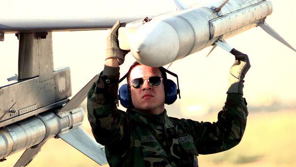 """Pocisk klasy """"powietrze-powietrze"""" AIM-120 AMRAAM - Sputnik Polska"""