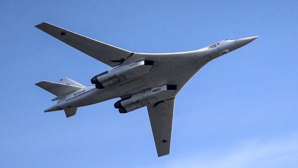 """Samolot Tu-160. Pokaz lotniczy """"Wybieram niebo"""" w Kazaniu - Sputnik Polska"""