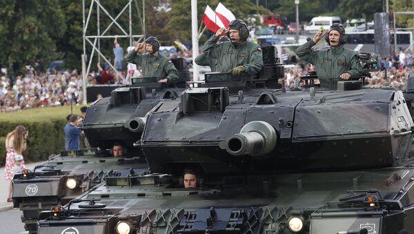 Defilada Niepodległości 2018 w Warszawie - Sputnik Polska