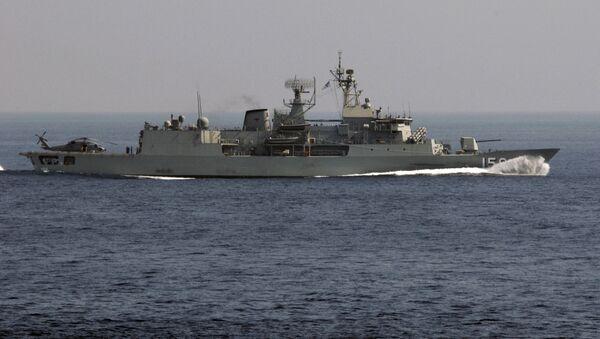 Australijska fregata FFH156 Toowoomba - Sputnik Polska