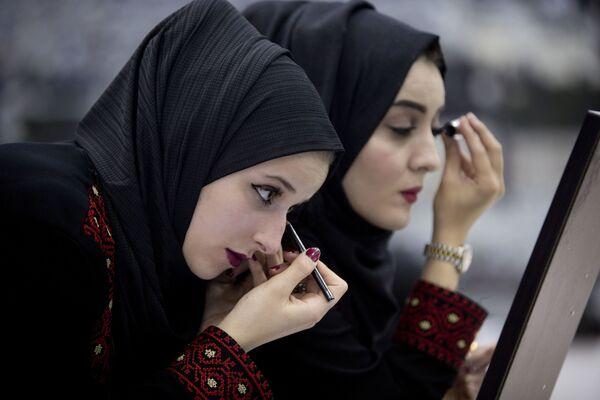Panne młode przygotowują się do masowego ślubu w Palestynie - Sputnik Polska