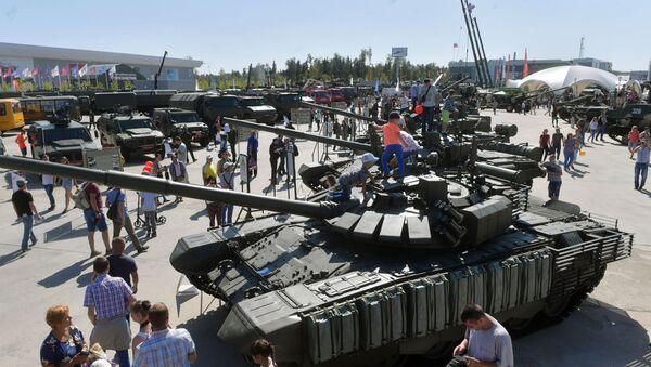 Wystawa sprzętu wojskowego na IV Międzynarodowym Forum Wojskowym Armia-2018 - Sputnik Polska