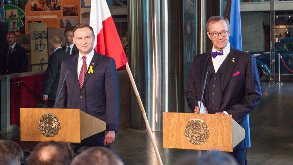 Prezydent Polski Andrzej Duda i prezydent Estonii Toomas Hendrik podczas spotkania w  Tallinie - Sputnik Polska