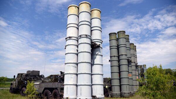 Kompleksy przeciwrakietowe S-300 - Sputnik Polska