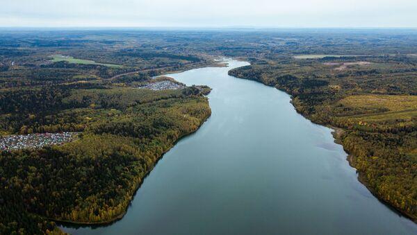 Rzeka w mieście Bieriezniki w Kraju Permskim - Sputnik Polska