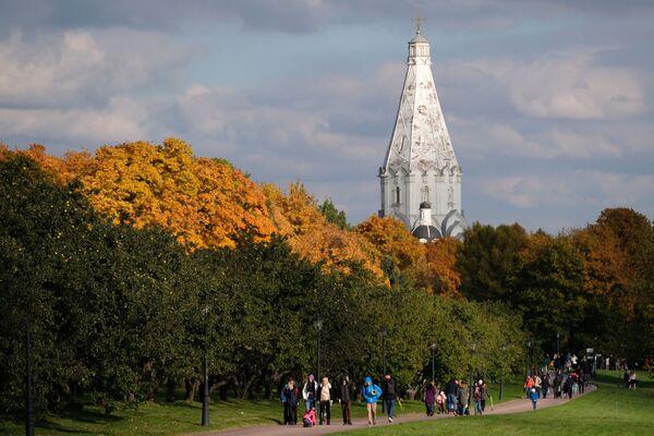 Park Kołomienskoje w Moskwie - Sputnik Polska