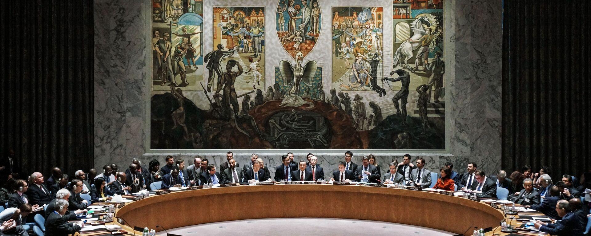 W czasie otwartych dyskusji na forum Rady Bezpieczeństwa ONZ w Nowym Jorku - Sputnik Polska, 1920, 22.09.2021