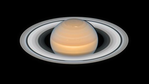 Zdjęcie Saturna wykonane przez teleskop kosmiczny Hubble - Sputnik Polska