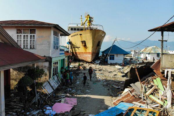Skutki tsunami w Indonezji - Sputnik Polska