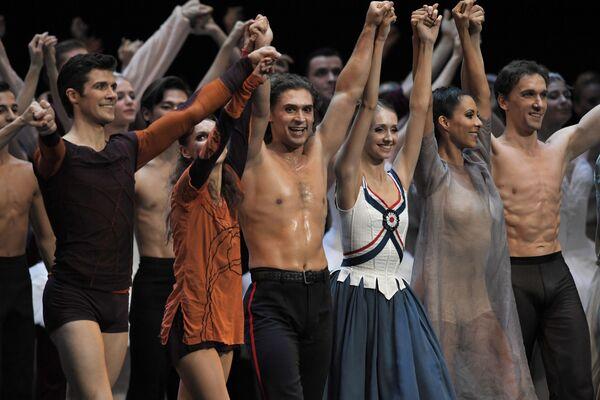 Uczestnicy koncertu galowego w Państwowym Pałacu Kremlowskim Gwiazdy baletu XXI wieku - Sputnik Polska