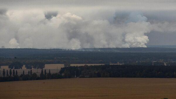 Pożar w magazynie z amunicją pod Czernihowem na Ukrainie - Sputnik Polska