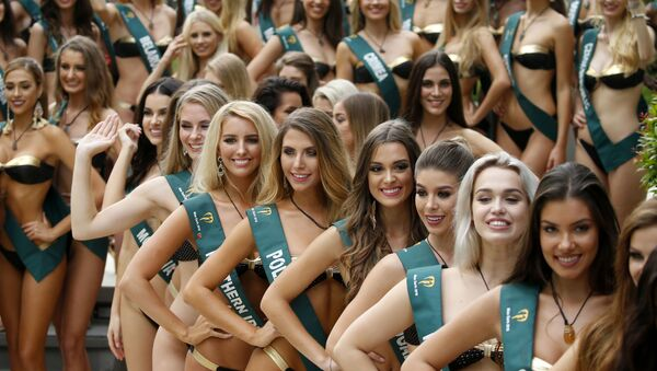 Uczestniczki konkursu Miss Earth 2018 w Manili - Sputnik Polska