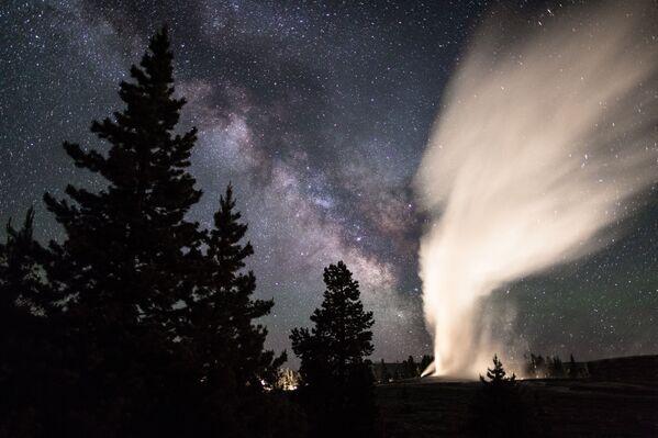 Droga Mleczna nad Parkiem Narodowym Yellowstone, USA - Sputnik Polska