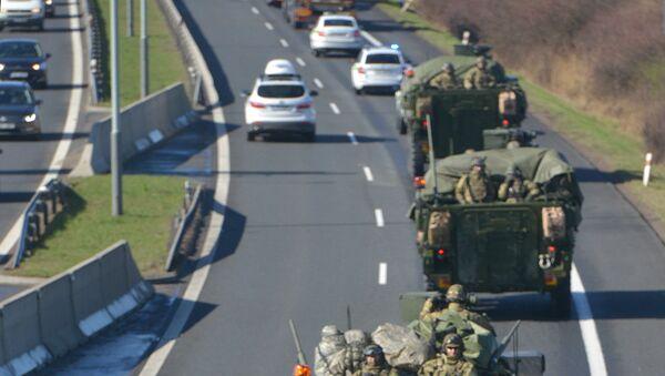 Amerykański konwój wojskowy w Czechach - Sputnik Polska