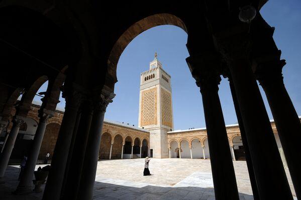 Meczet az-Zajtuna w Tunisie - Sputnik Polska